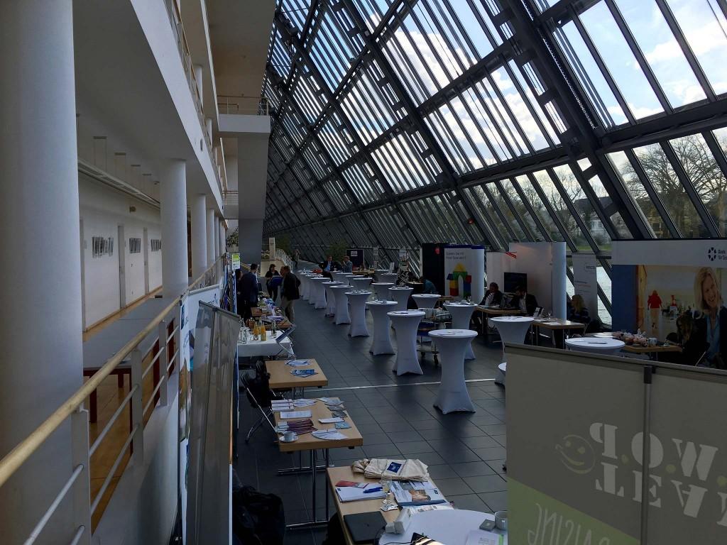 Wissenschaftspark von innen, ohne Menschen